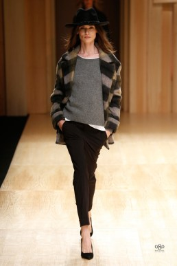 Toni Garrn Leads the Pack at Mango Fall/Winter 2014 Runway Show