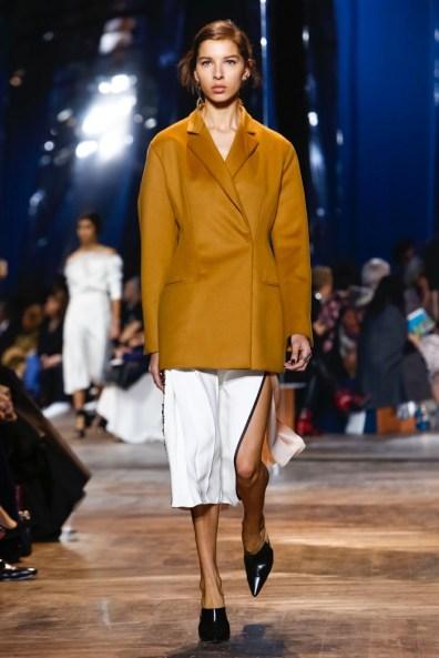 Dior-Spring-2016-Haute-Couture14