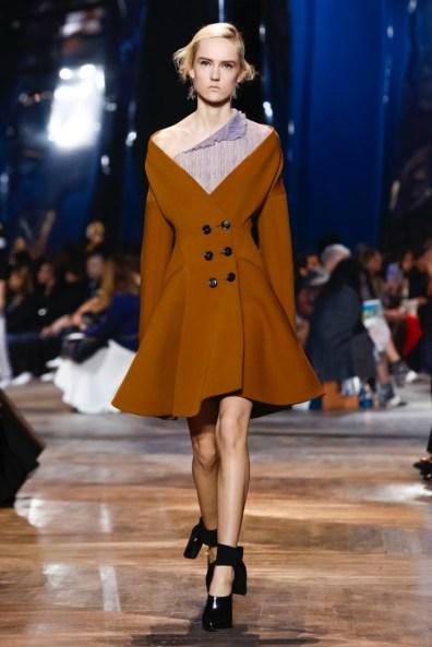 Dior-Spring-2016-Haute-Couture37