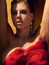 Charlotte-McKinney-Nude-GQ-Mexico-2016-Photoshoot03
