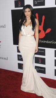 Kylie-Jenner-2015-Diamond-Ball-August-Getty-Atelier-Dress