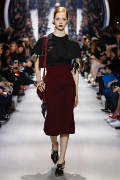 Dior-2016-Fall-Winter-Runway22