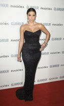 Kim-Kardashian-2011-Black-Strapless-Lace-Dress-Red-Carpet
