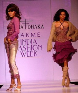 delhi2 254x300 Rohit Bal inducted in Lakme Fashion Weeks Advisory Panel
