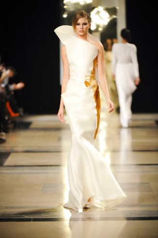 White Lacquered Asymmetrical gazard long dress.