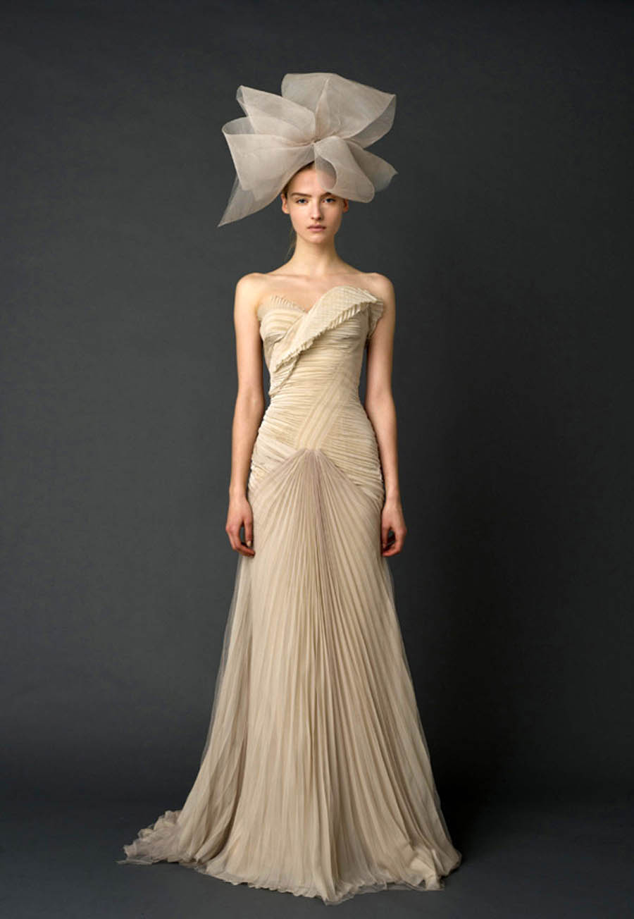 Vera Wang Paid Homage to Paris With Her Fall 2019 Collection Vera Wang Paid Homage to Paris With Her Fall 2019 Collection new foto