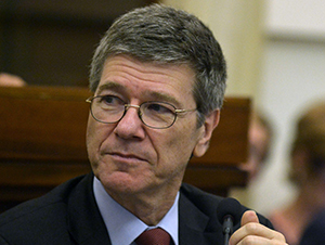 """Jeffrey Sachs, Professor of economics, leader in sustainable development, senior UN advisor, attends the second day of an international summit of Mayors on """"Modern Slavery and Climate Change"""" on July 21, 2015 at the Vatican. Mayors from around the world have signed a declaration with Pope Francis stating that man-made climate change is real and humanity has a moral imperative to take action. At a two-day summit in the Vatican aimed at spurring efforts to fight global warming following the pope's environment encyclical denouncing the exploitation of the poor and the earth's resources, over 60 mayors pledged to do their part. AFP PHOTO / TIZIANA FABI"""