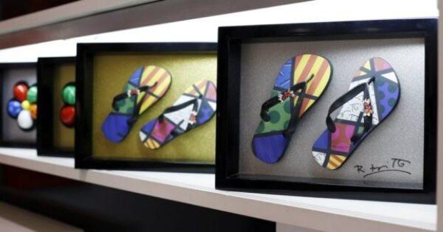 04out2013---quadro-do-artista-plastico-recifense-romero-britto-na-galeria-britto-em-sao-paulo-1381023352682_956x500