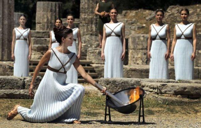 Ensaio da cerimônia de acendimento da tocha olímpica dos Jogos Rio 2016 em Olímpia, na Grécia