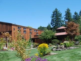 Dobbes-Family-Estate-Winery-Dundee-Oregon