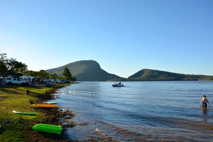 Lake Moogerah - was busy but great camping right on the lake's edge!