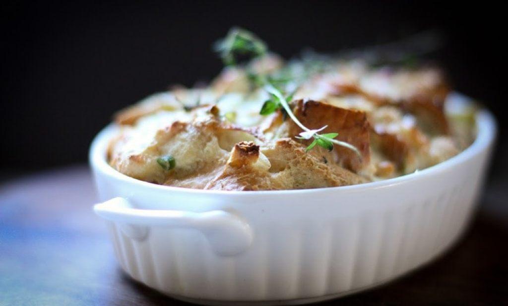 Savory leek bread pudding | www.feastingathome.com