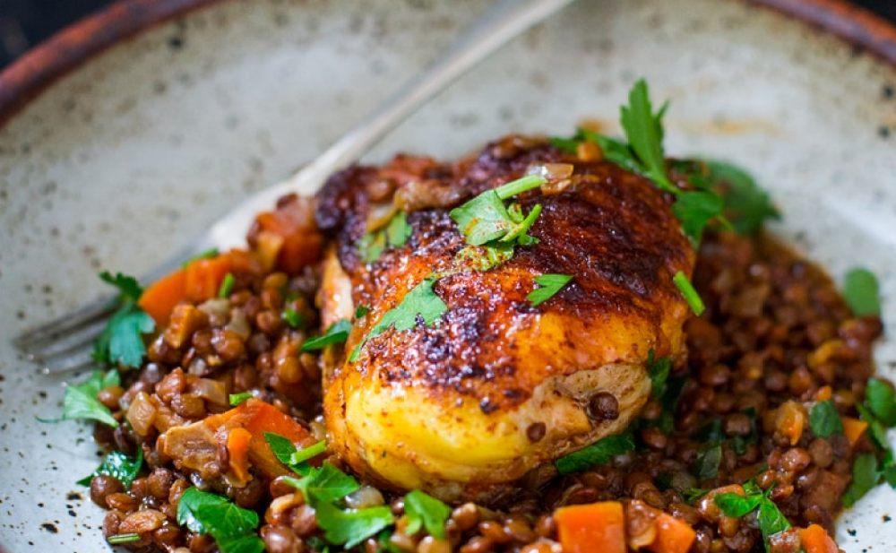 Berebere Chicken and lentils | www.feastingathome.com