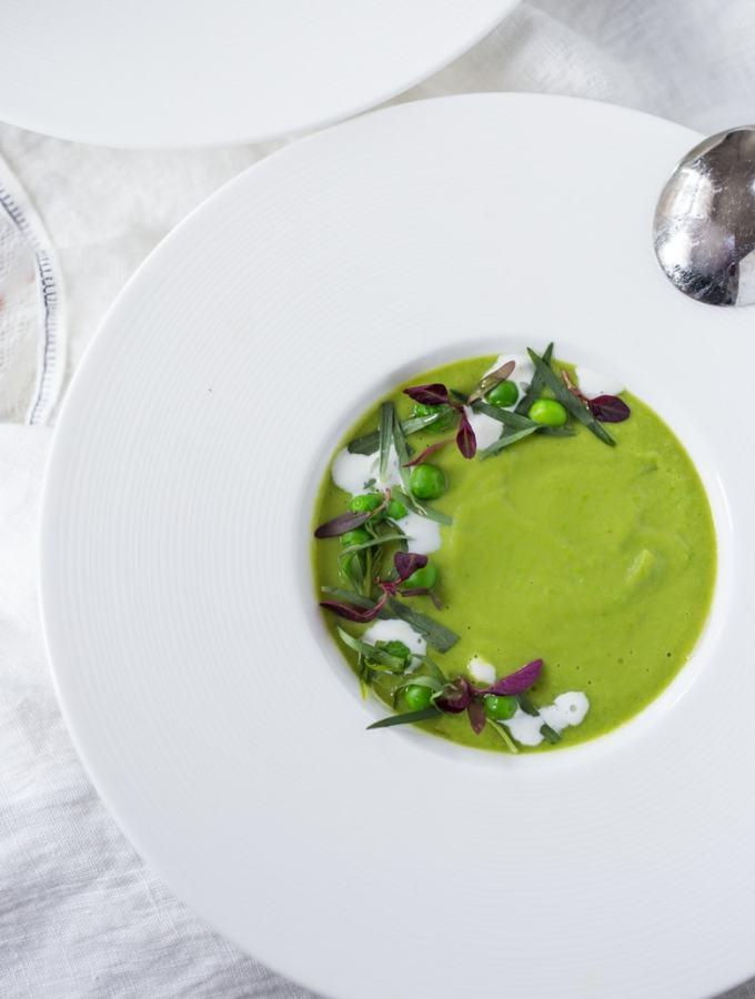 Simple tasty Split Pea Soup with Tarragon and Fennel | www.feastingathome.com