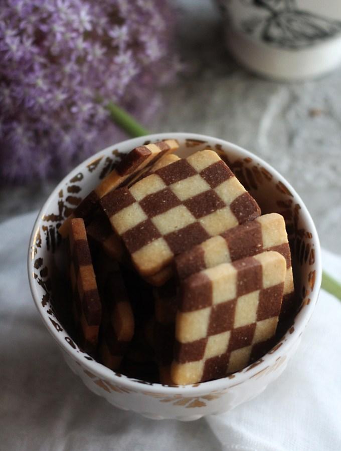 Alice in Wonderland: Checkerboard Cookies Recipe