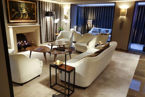 ESG - Living Room