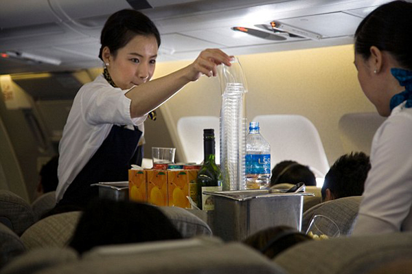 The-most-Shocking-Confession-Of-An-Air-Hostess (6)