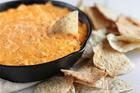buffalo-chicken-dip-1-570x380