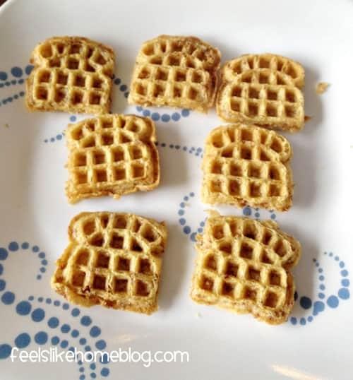 mini fluffernutter sandwiches