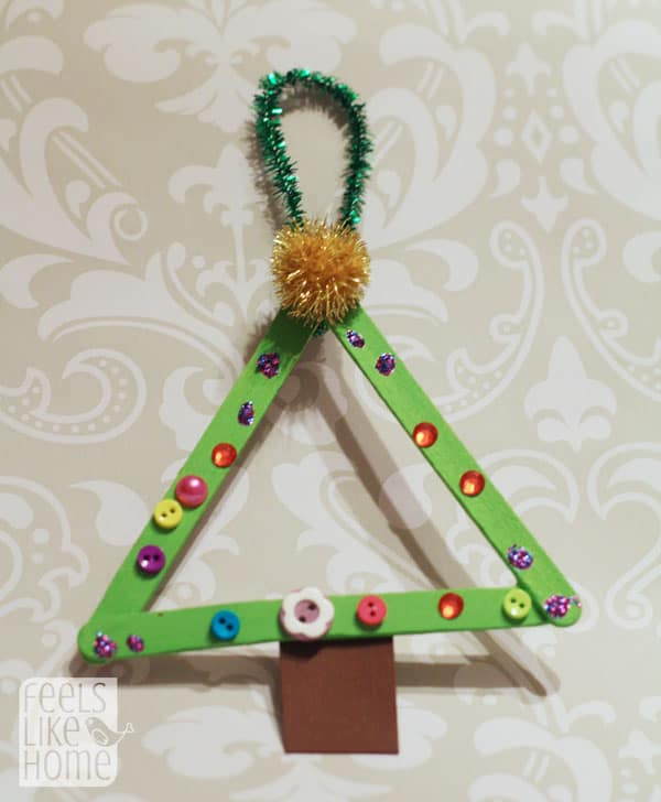 popsicle-stick-christmas-trees-preschoolers-decorated