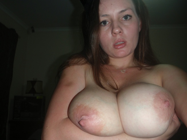breasts amateur pictures