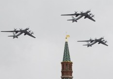 Russia_bombers_missiles