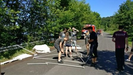 Aufbau eines Zeltes