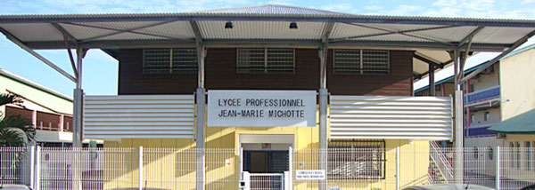 face_entree_lycée