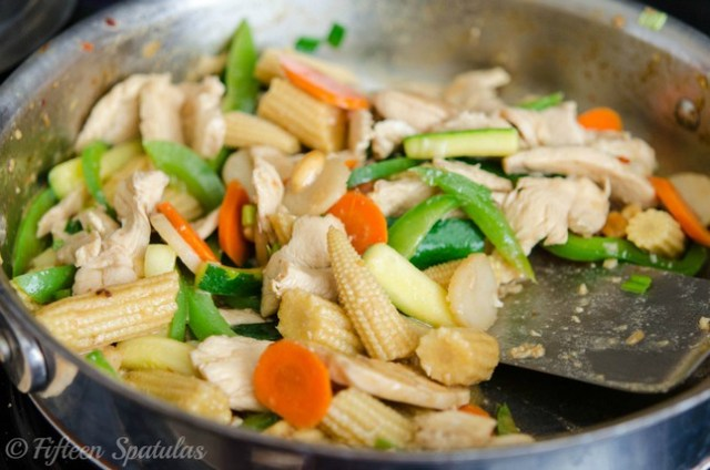 quick and easy stir fried chicken and veggies