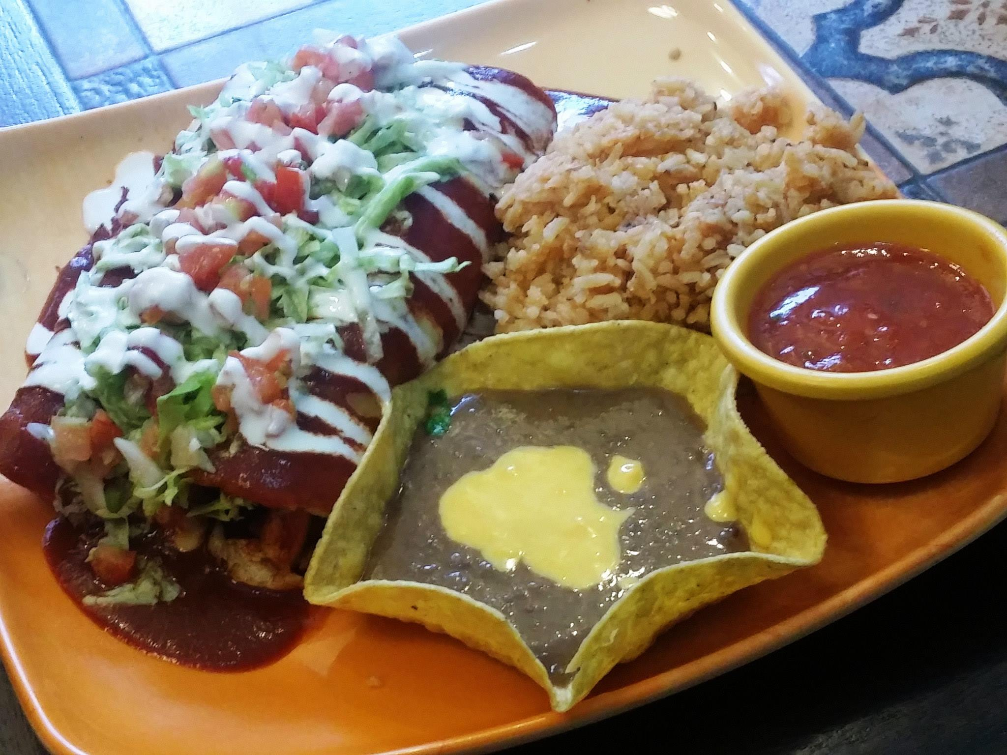 Experience authentic mexican cuisine with hermanos taco for Authentic mexican cuisine