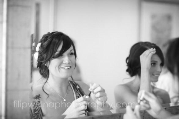 brides-getting-ready-17