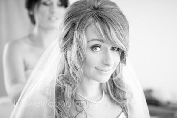 brides-getting-ready-31