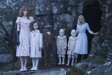 miss_peregrine_s_home_for_peculiar_children_56031487_st_5_s-low-500x333