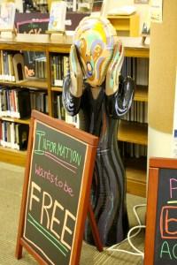 2012 April 14-JMU (7) Library sign