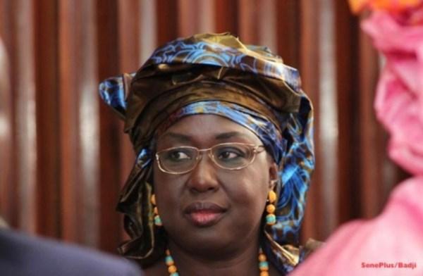 Maimouna Ndoye Seck, Ministre sénégalaise du tourisme et des transports aériens