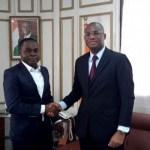 IZUXE M-One, «le premier smartphone ivoirien»