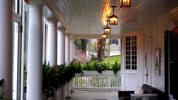 Enclosed Patio at The Mayflower Grace Inn