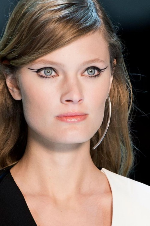 mugler-beauty-autumn-fall-winter-2015-pfw50