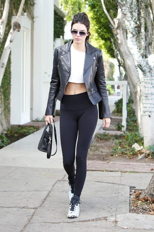 kendall-jenner-just-wore-leggings-like-a-pro-1611908-1451947843.640x0c