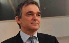 Rossi bacchetta il Pd: «Serve aria nuova e non aria fritta»