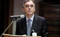 Pd, Rossi stoppa Epifani: segretario fino al congresso
