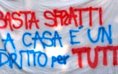 Migranti e senza casa manifestano a Firenze