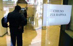 Firenze, Poste in viale Redi: rapina a mano armata in pieno giorno