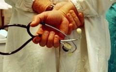 Pediatri arrestati: quelli dell'Asl di Pisa sono stati sospesi a tempo indeterminato