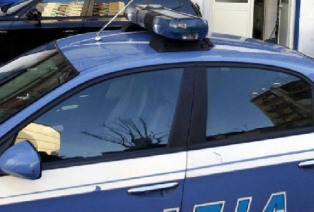 Giro di prostituzione in viale Guidoni e via Forlanini, scattano dieci arresti