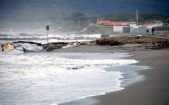 Maltempo Toscana, da domani mareggiate e vento forte