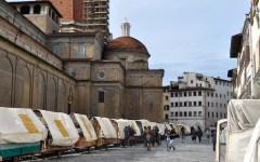 San Lorenzo, la rabbia degli ambulanti a Palazzo Vecchio. Un contuso