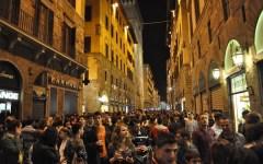 Firenze: movida no alcol. Ordinanze per limitare la vendita di birre e cocktail. Il patto per la notte