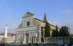 Firenze: piazza Santa Maria Novella trasformata in un vespasiano. L'Università di Pisa condanna i suoi studenti