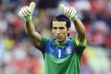 Gigi Buffon indica nei quarti l'obiettivo per l'Italia in Brasile